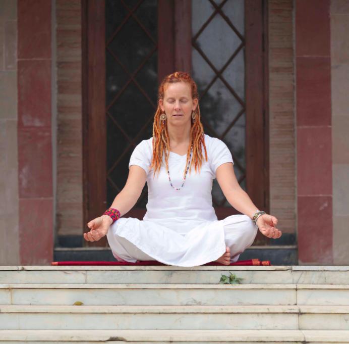 lätt meditationsställning