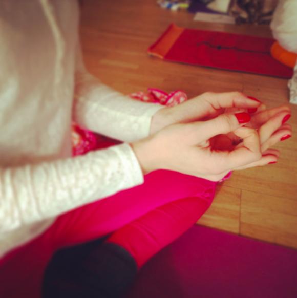 handställning för meditationen